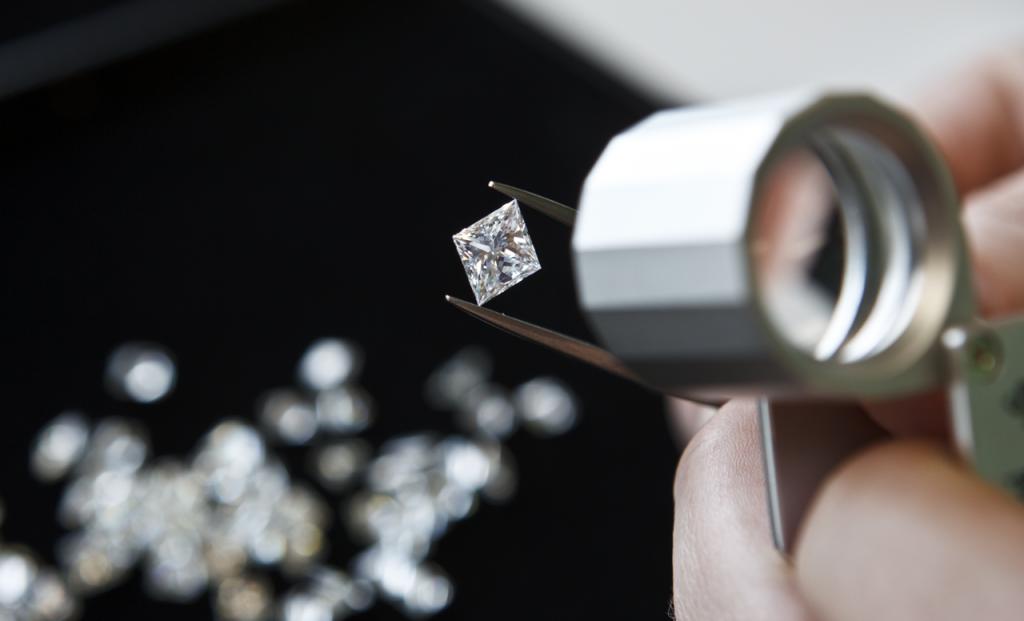 Find a diamond buyer in Chicago