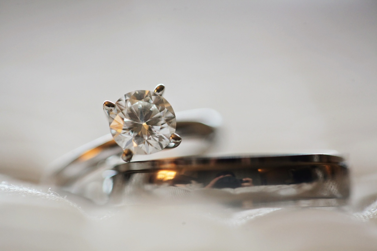 Divorce Selling Jewelry - Chicago Diamond Buyer