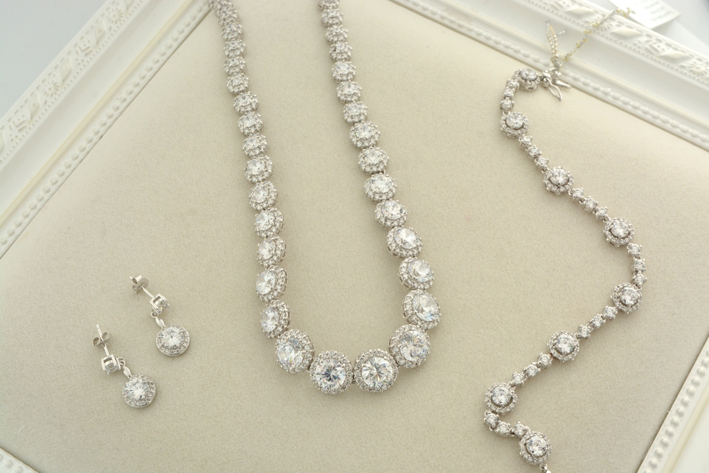 Diamond Buyer for Aurora IL - Chicago Diamond Buyer