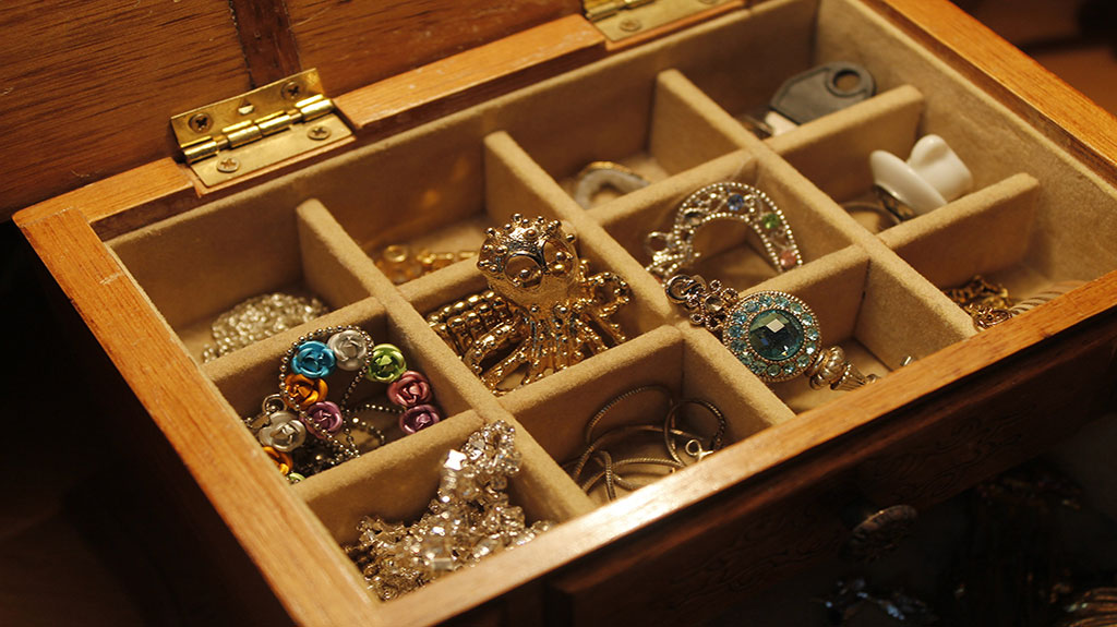 7-Secrets-You-Didn't-Know-About-Where-To-Sell-Diamond-Jewelry2